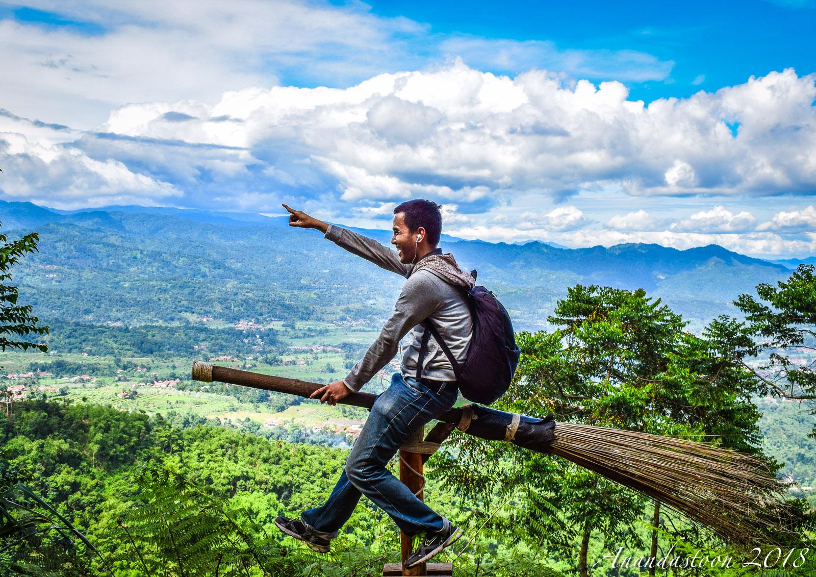 Di Antara Kaki Langit : Bogor, Puncak Mustika Manik ...
