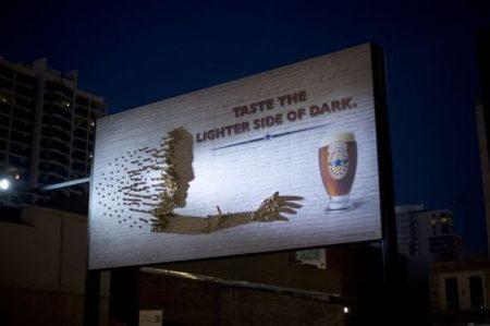Iklan Billboard Kreatif
