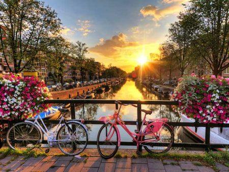 Dijajah oleh Belanda
