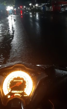 Kelakuan Pengendara Sepeda Motor