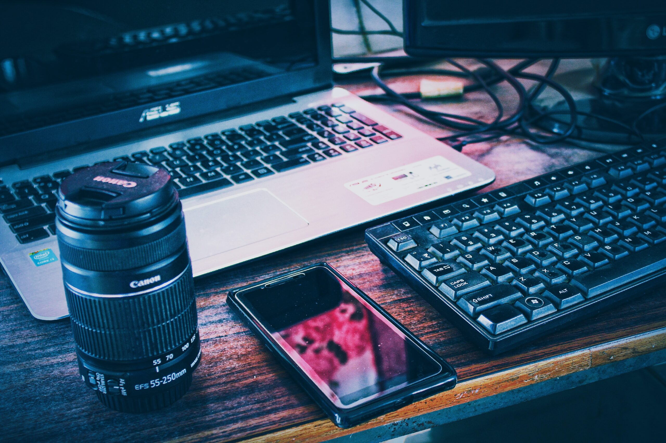 Blogger atau Youtuber